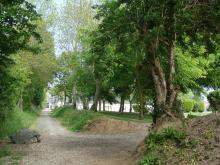 Chemin des pierres en été